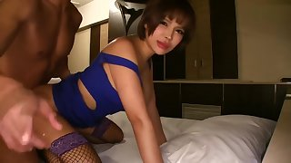 cougar bitch maid 5839