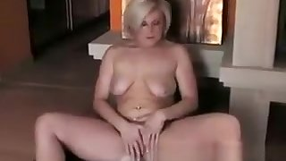 Hottie Fucks Herself With A Glass Dildo